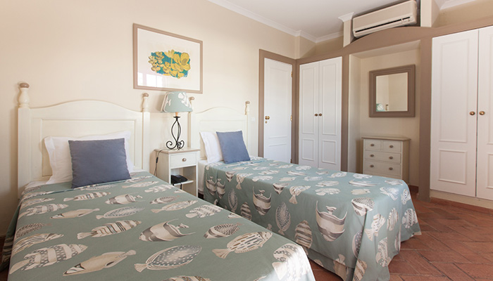 Suite Twin Room - Longevtity Cegonha Country Club